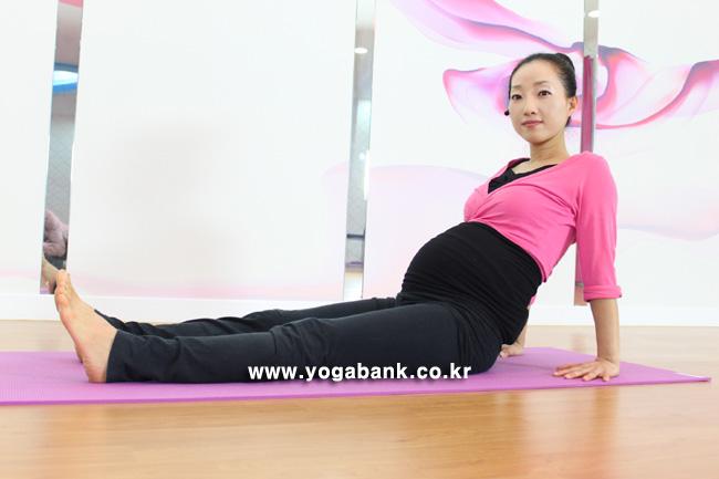 YOGABANK_20110228_103716_01.jpg